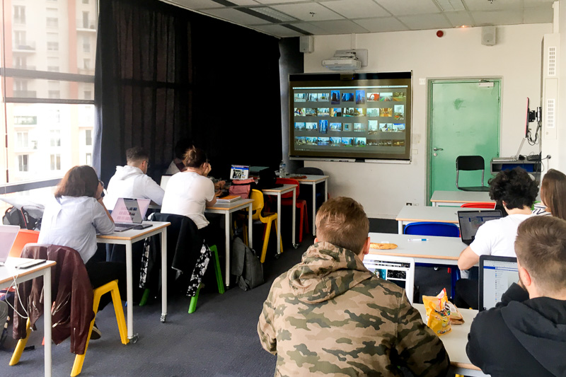 Classe du module électif photographie à l'IIM